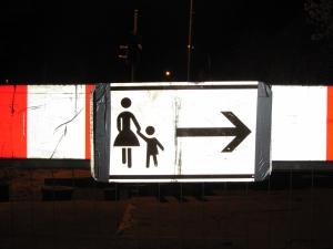 Verkehrsschild Mutter und Kind